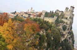 Fortaleza antigua de Guaita del della de Rocca de San Marino Fotografía de archivo