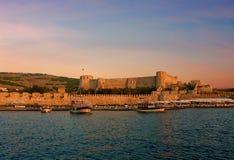 Fortaleza antigua en la isla del Egeo del norte de Bozcaada Turquía foto de archivo libre de regalías