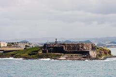 Fortaleza antigua en la punta de la pista en Puerto Rico Imagen de archivo