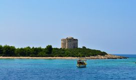 A fortaleza Arza - mar de adriático fotografia de stock