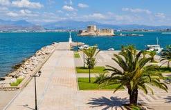 Fortaleza Bourtzi, puerto de Nafplio, Grecia Fotografía de archivo