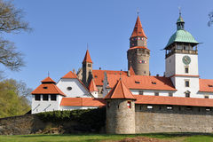 Fortaleza Bouzov, checo fotografia de stock