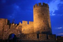 A fortaleza de Belgrado, a citadela velha e Kalemegdan estacionam na afluência do rio Sava e Danúbio, em Belgrado (capital) de S fotos de stock