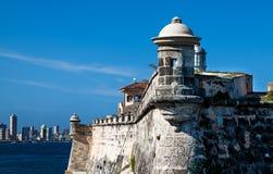 Fortaleza de Cuba com Havana Skyline Fotos de Stock Royalty Free