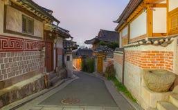 Fortaleza de Hwaseong, arquitectura tradicional de Corea en Suwon en Foto de archivo libre de regalías