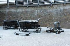 Fortaleza de Izborsk en invierno Foto de archivo