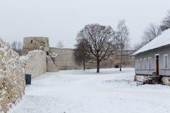 Fortaleza de Izborsk no inverno Foto de Stock Royalty Free