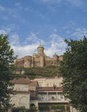 Fortaleza de Narikala que pasa por alto Tbilisi, Georgia Imagen de archivo