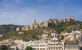 Fortaleza de Narikala y céntrico Tbilisi, Georgia Imagen de archivo libre de regalías