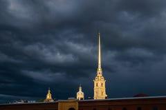 Fortaleza de Peter e de Paul, St Petersburg, Rússia imagem de stock