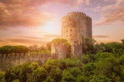 Fortaleza de Rumeli no por do sol Istambul, Turquia Fotos de Stock
