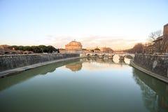 Fortaleza de San Angelo no por do sol, Roma, Itália Fotos de Stock Royalty Free