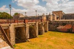 Fortaleza de San Carlos de La Cabana, fort av den St Charles ingången havana Gammal fästning i Kuba royaltyfri foto