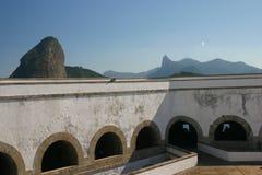 Fortaleza de Santa Cruz en la bahía de Guanabara Imagenes de archivo
