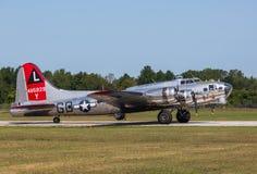 Fortaleza do voo do ` s B-17 da força aérea do ianque, senhora do ianque Foto de Stock Royalty Free