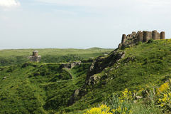 A fortaleza e a igreja de Amberd Imagem de Stock Royalty Free