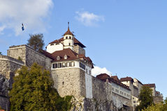 Fortaleza e igreja medievais Foto de Stock