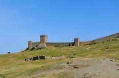 A fortaleza Genoese - uma fortaleza na cidade de Sudak Fotografia de Stock