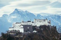 Fortaleza Hohensalzburg: Castelo medieval bonito em Áustria, atração turística imagem de stock