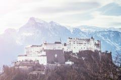 Fortaleza Hohensalzburg: Castelo medieval bonito em Áustria, atração turística imagem de stock royalty free
