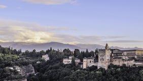 Fortaleza medieval Alhambra, Granada, a Andaluzia, Spai imagens de stock