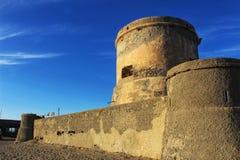 Fortaleza na praia na Espanha do sul Fotos de Stock