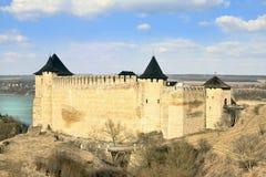 Fortaleza polonesa velha de Khotyn em Ucrânia fotos de stock