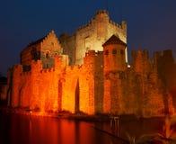 Fortaleza por noche imagen de archivo