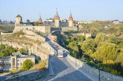 Fortaleza velha de Kamenetz-Podolsk perto da cidade de Kamianets-Podilskyi Imagem de Stock