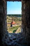 Fortaleza velha no rio Dniester no dobrador da cidade, Transnistria Cidade dentro das beiras de Moldova abaixo do unrecogni do co Imagem de Stock