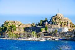 A fortaleza velha perto da cidade de Corfu na ilha de Kerkyra, Greec Fotos de Stock Royalty Free
