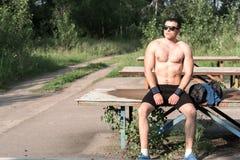 Forte giovane atleta Fotografie Stock Libere da Diritti