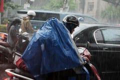Forte pluie, saison des pluies à la ville de Ho Chi Minh Photo libre de droits