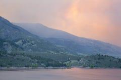 Forte smolenear Collins do incêndio violento, Colorado Fotografia de Stock
