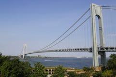 Forte Wadsworth na parte dianteira da ponte de Verrazano em New York fotografia de stock