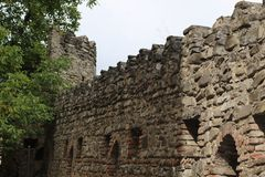 Forteca ściana od kamieni i cegieł zdjęcia stock