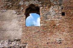 Forteca Alcazaba jest Arabskim fortyfikacją na górze Gibralfaro w Hiszpańskim mieście Malaga fotografia stock