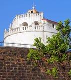 Forteczne ściany fort Aguada i latarnia morska, Goa Fotografia Stock