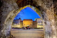 Forteresse de barbacane dans une partie historique de Cracovie Photo stock