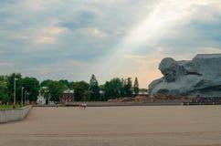 Forteresse de Brest L'entrée principale au mémorial de guerre La mémoire de la deuxième guerre mondiale Photographie stock libre de droits