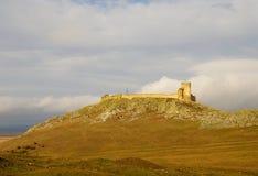 Forteresse médiévale d'Enisala dans la région de Dobrogea, Roumanie Photo stock