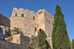 Forteresse maltaise dans Lindos, Rhodes Image stock