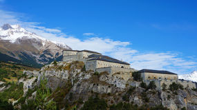 Fortezza antica alle alpi della Francia Fotografia Stock Libera da Diritti