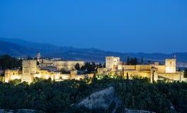 Fortezza araba antica di Alhambra al tramonto Granada, spagna Fotografia Stock Libera da Diritti