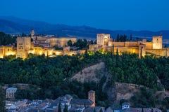 Fortezza araba antica di Alhambra al tramonto Granada, spagna Immagini Stock
