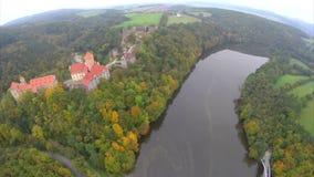 Fortezza di difesa medievale del castello una residenza di 11 cavaliere di secolo archivi video