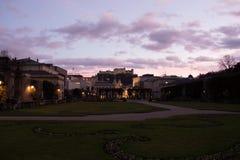 Fortezza di Hohensalzburg da Mirabel Gardens fotografia stock