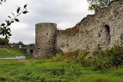 Fortezza di Koporie - vecchio posto rovinato in Russia, vicino a St Petersburg Fotografia Stock