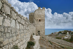 Fortezza genovese in città di Feodosia Fotografia Stock