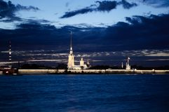 Fortezza nell'alba, Russia di Paul e di Peter fotografia stock libera da diritti